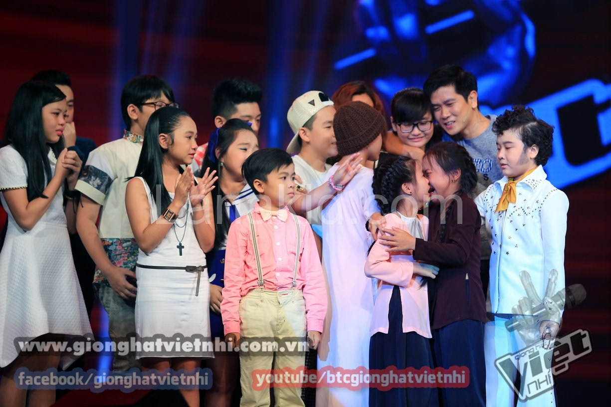 giong-hat-viet-nhi-2014-dem-liveshow-2-ngay-308-an-tuong-va-su-co-6977